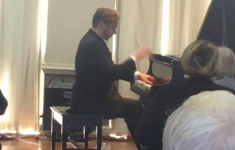 Superb Piano Concert by Thomas Pandolfi